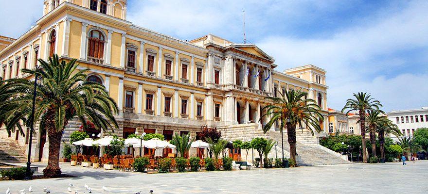 Έγκριση ανάθεσης μελέτης για την αποκατάσταση των όψεων του Δημαρχείου Ερμούπολης