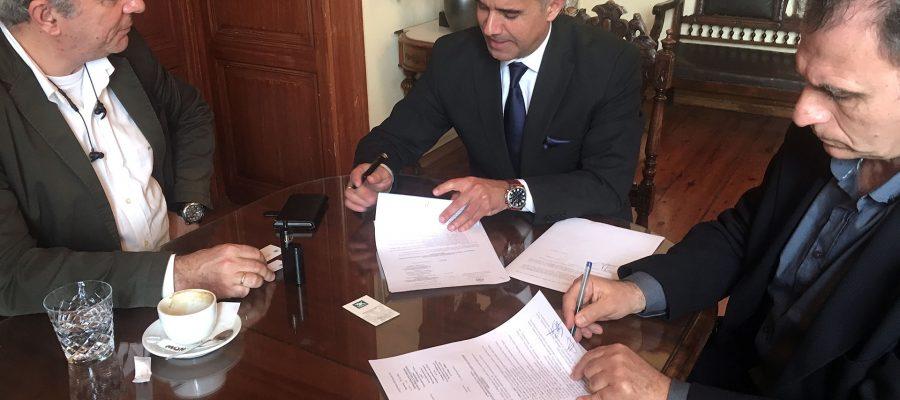 Υπογραφή σύμβασης με ανάδοχο για το έργο του νέου Δημοτικού Σχολείου Βάρης
