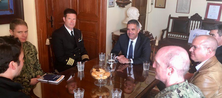 Συνάντηση Δημάρχου με αντιπροσωπεία πληρώματος αμερικανικού πλοίου «Carson City»