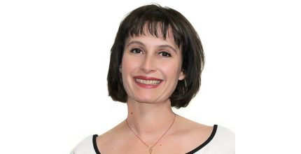 Η Χριστίνα Παναγιωτοπούλου, υποψήφια του συνδυασμού «Η ΣΥΡΟΣ ΠΟΥ ΑΞΙΖΟΥΜΕ»