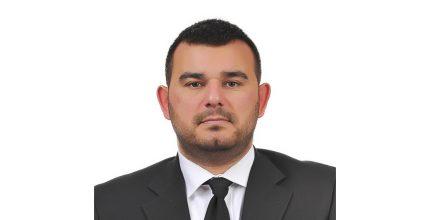 Ο Μιχάλης Ζουλουφός, υποψήφιος του συνδυασμού «Η ΣΥΡΟΣ ΠΟΥ ΑΞΙΖΟΥΜΕ»