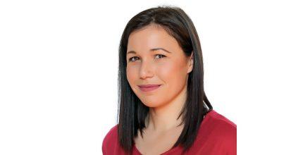 Η Γεωργία Ρούσσου, υποψήφια του συνδυασμού «Η ΣΥΡΟΣ ΠΟΥ ΑΞΙΖΟΥΜΕ»