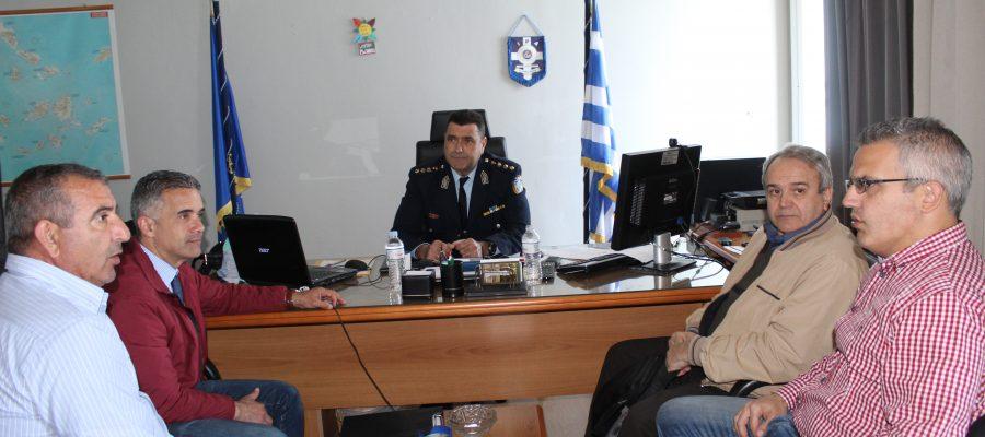 Συναντήσεις Δημάρχου στο Αστυνομικό Μέγαρο Σύρου