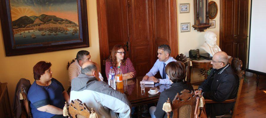 Συνάντηση Δημάρχου με την Ένωση Γονέων Δήμου Σύρου – Ερμούπολης