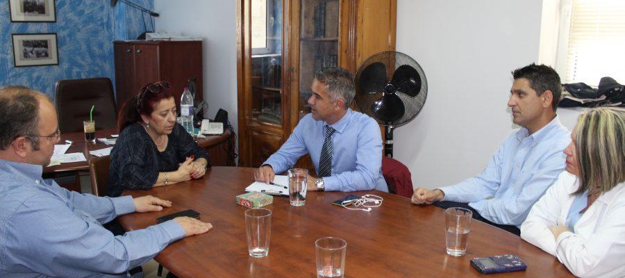 Συνάντηση Δημάρχου με τη Διοικήτρια του Γενικού Νοσοκομείου Σύρου και τον Σύλλογο Εργαζομενών Νοσοκομείου