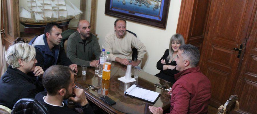 Συνάντηση Δημάρχου με τον Όμιλο Κυνόφιλων Σύρου
