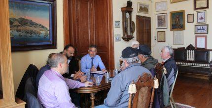 Συνάντηση Δημάρχου με Σύλλογο Ερασιτεχνών Αλιέων Σύρου